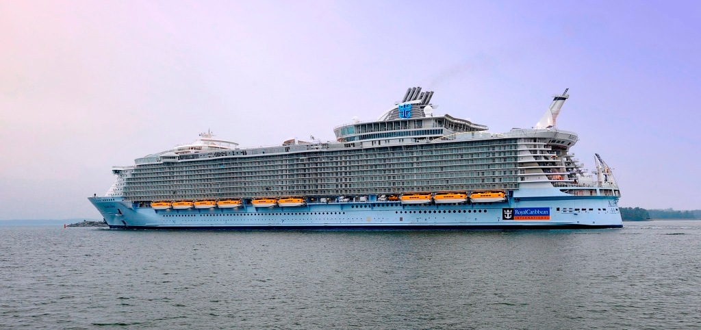 The-Allure-of-the-Seas-delivered-from-Turku-Shipyard-to-Royal-Caribbean-International